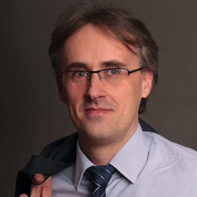 Dušan Šulov (SK)
